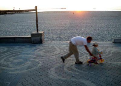 Thomas Sabourin, «Ensablement de Boulogne-sur-Mer», dessins de sable au sol, 2009.
