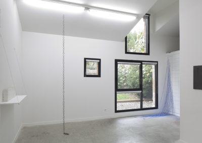 Yazid Oulab. Vue de l'exposition «L'âge du graphite ».
