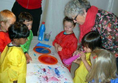 Atelier avec l'école maternelle autour de l'exposition «À propos du fond de l'air».
