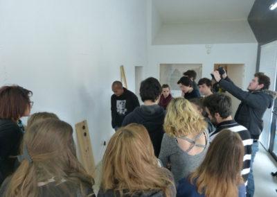 Rencontre entre l'artiste Zul Mahmod et les étudiants de l'école ÉCRAN pour l'exposition «Je de cartes».
