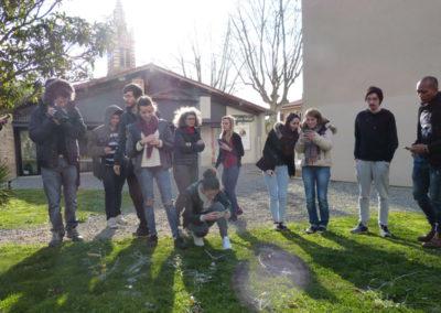 Workshop de l'artiste Zul Mahmod et les étudiants de l'école ÉCRAN pour l'exposition «Je de cartes».