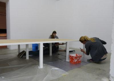 Aide au montage de l'exposition «Je de cartes» des étudiants de l'école ÉCRAN.