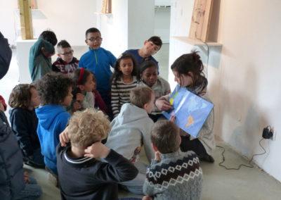 Visite de l'exposition «Je de cartes», école primaire Soupetard de Toulouse.