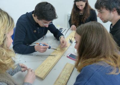Workshop de l'artiste Zul Mahmod et les étudiants de l'école ECRAN pour l'exposition « Je de cartes ».