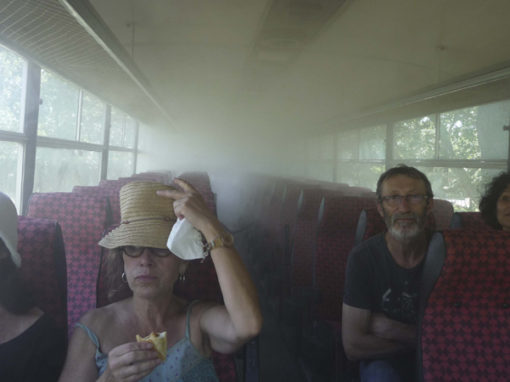 Collectif DING, «Clouds Bus»
