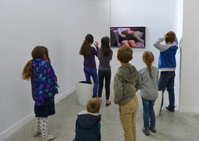 L'association art et couleur (groupe enfants) en visite à la Maison Salvan.