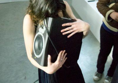 «Duo solitaire», performance d'Emilie Franceschin à la Maison Salvan.