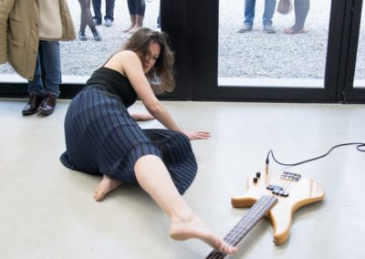 « Duo solitaire », performance d'Emilie Franceschin à la Maison Salvan.