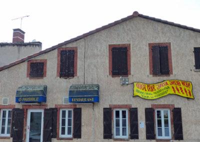 Les «Reflets» de Franck Scurti à Labège pour les 10 ans de la Maison Salvan. (Prêt par Les Abattoirs-Frac Midi-Pyrénées) .