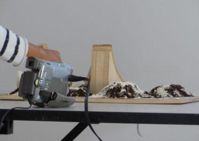 Atelier «Monter à l'échelle»  avec des Ce1.