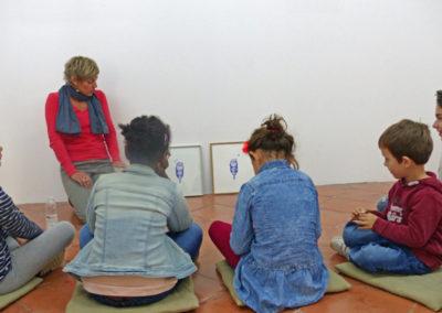 Visite contée aux familles dans le cadre du projet «Semaine (t)récréative» (en partenariat avec Lieu-commun, par Céline Molinari au regard de l'univers d'Agathe David.