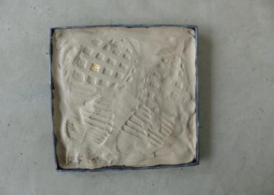 Atelier argile / empreinte / feuille d'or avec la crèche de Labège.