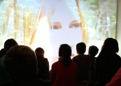 Des médiations autour de l'exposition « Girls, Ghosts and War »