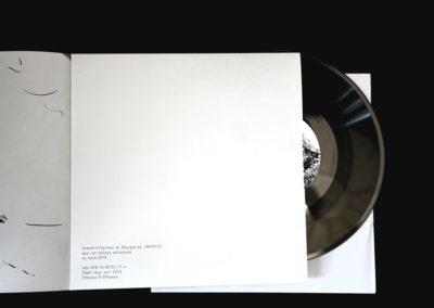 """Edition """"Une Montagne(s)"""" de David Coste en collaboration avec Jérôme Dupeyrat et Pierre Jodlowski, éditions autrechose, mai 2019."""